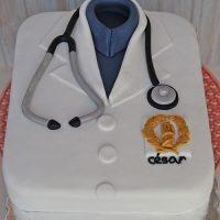 medico-bata-bolo