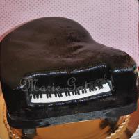 bolo-piano